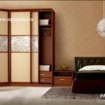Шкаф в спальню Двери витраж