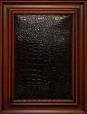 сборный фасад МДФ «Гранада», рамка «дикая яблоня» с патинированием, филенка «искусственная кожа» с мягким исполнением