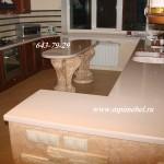 Кухоный гарнитурСтол и столешница из камня