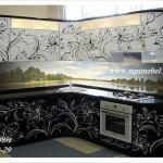 Кухня черные фасады с рисунком. Изготовление, доставка, установка