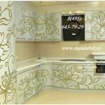 Кухня с рисунком  белая